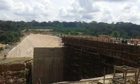 Le chantier du barrage de Liouesso en juillet 2015